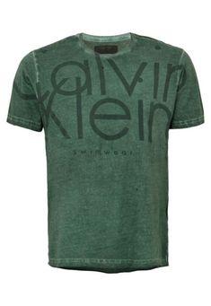 Camisetas Calvin Klein Jeans. Camisa De Malha MasculinaEstampa MasculinaComo  Combinar RoupasRoupas ... 6e36c348a714e
