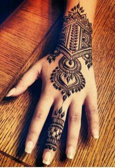 Amazing Advice For Getting Rid Of Cellulite and Henna Tattoo… – Henna Tattoos Mehendi Mehndi Design Ideas and Tips Henna Tattoos, Henna Mehndi, Mehendi, Henna Ink, Henna Body Art, Mehndi Tattoo, Henna Tattoo Designs, Mehandi Designs, Henna Hair