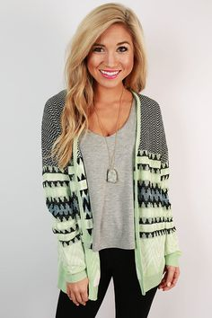 Some things are worth melting for. Wear this cardigan over a soft tee and leggings or jeans for a look that could thaw a frozen heart!