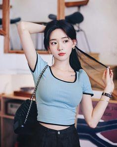 Korean Fashion Dress, Asian Fashion, Girl Fashion, Korean Girl Photo, Cute Korean Girl, Ulzzang Korean Girl, Lace Dress With Sleeves, Asia Girl, Girl Poses