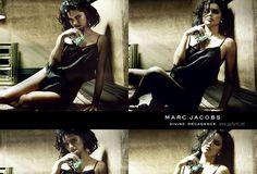 Marc Jacobs Divine Decadence е обявен за лъчист, луксозен и чувствен цветен аромат. Нов аспект на блясък и лукс е предизвикана от Връхните нотки на пенливо шампанско, бергамот и крем портокалов цвят. Богатите флорални мотиви, които включват гардения, хортензия и орлови нокти, водят до женски разкош, докато течността кехлибар, шафран и ванилия в основата добавят светлина и лъчиста текстура.