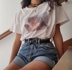 Style Outfits with Ideas - Vintage outfits - Aesthetic Fashion, Look Fashion, Korean Fashion, Summer Aesthetic, Aesthetic Outfit, Tumblr Aesthetic Clothes, Aesthetic Look, Retro Aesthetic, Fashion In The 90s