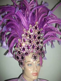 Samba Headdress, Head Piece and Arm Feathered Piece – BrazilCarnivalShop Brazilian Carnival Costumes, Headdress, Headpiece, Types Of Feathers, Mardi Gras Centerpieces, Rooster Feathers, Colorful Feathers, Sparklers, Color Combinations
