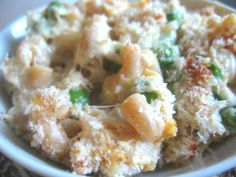 healthy tuna casserole - uses sour cream and greek yogurt, tuna, pasta, peas