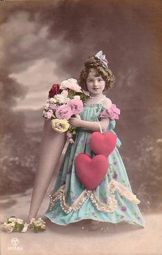Tinted vintage photo postcard for Valentines! Vintage Children Photos, Images Vintage, Photo Vintage, Vintage Girls, Vintage Pictures, Vintage Photographs, Vintage Dress, Vintage Ephemera, Vintage Postcards