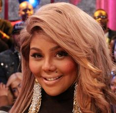 Lil Kim Nose Job Plastic Surgery Before and After Kim Before And After, What Is Poverty, Last Week Of Pregnancy, Plastic Surgery Gone Wrong, Pretty Hurts, Radiant Skin, Queen Bees, Rap, Hip Hop