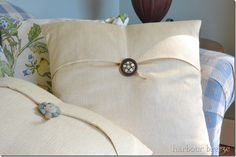 Pottery Barn Inspired Pillow Tutorial | Harbour Breeze Home