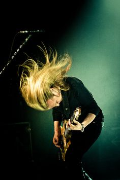 Alice In Chains..