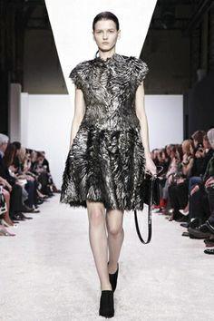Giambattista Valli Ready To Wear Fall Winter 2014