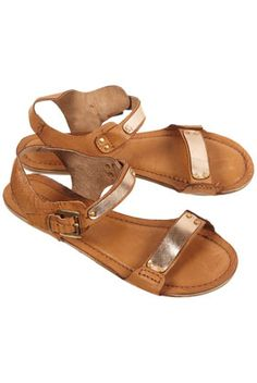 HALOGEN Softy Sandals #imaginarycloset