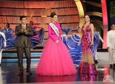 Miss Internacional 1985 Nina Cicilia, Recibe a la Flamante Miss International 2015 Edymar Martínez, a su llegada a Venezuela en el Recibimiento en Sábado Sensacional..