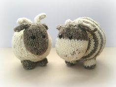 10 stashbuster knitting patterns: bramble goat and chestnut cow by Amanda Berry - on the LoveKnitting blog! Cow Toys, Knitted Stuffed Animals, Knit Animals, How To Purl Knit, Baby Knitting, Knitting Needles, Knitting Toys, Yarn Crafts, Knitted Dolls