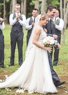 Bride in @willowbywatters Penelope gown.
