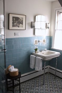 There are a lot of vintage bathrooms in St. And we love our vintage bathrooms here! This is a lovely example of a beautifully styled vintage bathroom. 1920s Bathroom, Best Bathroom Tiles, Vintage Bathroom Decor, Bathroom Tile Designs, Vintage Bathrooms, Bathroom Wall Decor, Bathroom Styling, Bathroom Flooring, Bathroom Interior