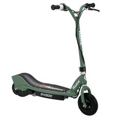 Check out the details of the Razor Kids Offroad Electric Scooter. Scooter aren't just for the pavement with this Kids Offroad Electric Scooter. Razor Electric Scooter, Electric Scooter For Kids, Electric Power, Electric Cars, Green Electric, Off Road Scooter, Dirt Scooter, Scooters, Off Road Tires