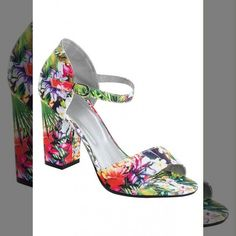 Look Lindo!!   SANDÁLIA SALTO GROSSO TROPICAL  COMPRE AQUI!  http://imaginariodamulher.com.br/look/?go=2gxxK86  #comprinhas #modafeminina#modafashion  #tendencia #modaonline #moda #instamoda #lookfashion #blogdemoda #imaginariodamulher