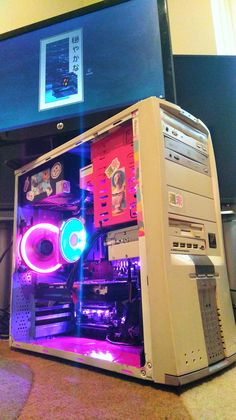 Vaporwave Build (inspired by Eds computer from Cowboy Bebop) , Build A Pc, Gaming Pc Build, Office Computer Desk, Computer Setup, Computer Build, Gaming Room Setup, Pc Setup, Gaming Rooms, Custom Computer Case