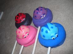 1.85 = molded oreo lollipop. sold individually in cellophane wrap, 2 curly ribbons and personalized label applied to the back made to ship 3 weeks after payment - provide the following for a price quote * event date * quantity * state * zip code * email address emails checked every 35min when in chocolate room from 6am - 10pm or you may text me any hour when you are online Chauntelle castlerockchocolates at yahoo.com 307/899-7100 text any hour
