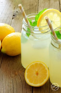 Do you love lemonade but hate all that refined sugar? Here is the very best lemonade recipe that uses whole lemons and honey. this recipe needs fewer lemons than a traditional recipe yet is nutrient and flavor-packed. Good Lemonade Recipe, Healthy Lemonade, Best Lemonade, Honey Recipes, Lemon Recipes, Healthy Snacks For Diabetics, Diet Snacks, Lemon Water Diet, Vegetarian Recipes Videos