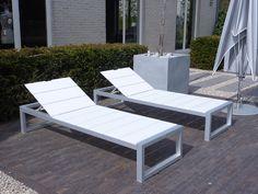 STRAK Design Four Lounge Beds - SDLou01FOUR
