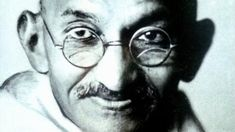 Mahatma Gandhi's nephew Kanu Gandhi's remarkable pictures of the leader are both intimate and remote, writes Soutik Biswas. Gandhi Life, Mahatma Gandhi, Ap Human Geography, Rare Pictures, Great Leaders, African History, Just Smile, World History, Historical Photos