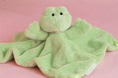 Tizzie Hall Fizzie Frog comforter - Save Our Sleep® Official Online Shop