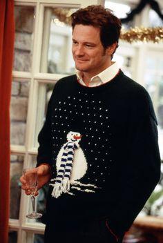 Colin Firth è Mark Darcy ne 'Il diario di Bridget Jones', la commedia tratta dall'omonimo romanzo di Helen Fielding, diretta da Sharon Maguire nel 2001. La protagonista del film è interpretata da una bravissima Renée Zellweger, candidata all'Oscar come miglior attrice protagonista. Nel cast troviamo anche Hugh Grant, Gemma Jones e Salman Rushdie.   #auguri   #colinfirth   #cult   #cinema   #bridgetjonesdiary   #christmas   #cultstories