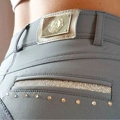 Grey riding pants with bling. - Jupinkle Grey riding pants with bling. Equestrian Boots, Equestrian Outfits, Equestrian Style, Equestrian Fashion, Horse Fashion, Emo Fashion, Dressage, Riding Pants, Riding Clothes