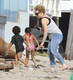 Mariah Carey Photos - Mariah Carey Enjoys a Day on the Beach with Her Kids - Zimbio