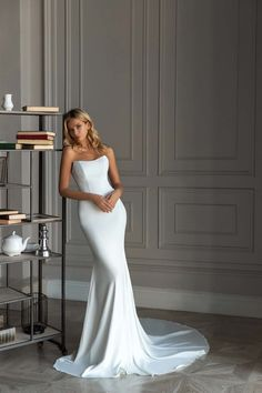 Plain Wedding Dress, Top Wedding Dresses, Bridal Dresses, Bridesmaid Dresses, Wedding Dress Trumpet, Mermaid Wedding Gowns, Unique Wedding Dress, Straight Wedding Dresses, Stunning Wedding Dresses