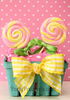 Yellow Bow Berry Baskets set of 6 by PartyPatisserie on Etsy, $10.00 #PartyFavors #BirthdayParty