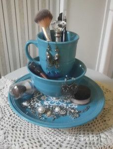 How to Make a Jewelry & Makeup Holder Using Dinnerware