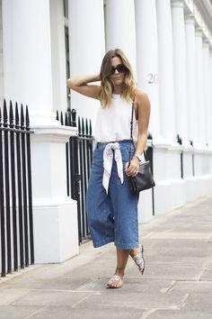 La jupe culotte en denim, la nouvelle coupe de jean large et court à adopter cette saison ! #look #outfit #mode #style #streetstyle