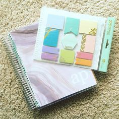 Today's video is all about the hourly planner from @erincondren #erincondren #erincondrenlifeplanner #lifeplanner #eclp #plan #planner #planwithme #planning #plannergirl #plannerlove #plannergeek #plannerobsessed @amandaphenomenon