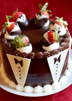 Chocolate-Dipped-Strawberry-Cake Oh Yum ! Strawberry Dip, Strawberry Recipes, Bakery Style Cake, Bakery Recipes, Pie Recipes, Chocolate Dipped Strawberries, Occasion Cakes, Creative Cakes, Yummy Cakes