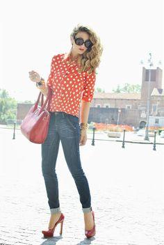 Shop this look on Kaleidoscope (blouse, jeans, purse, pumps, sunglasses, necklace)  http://kalei.do/WHg29YSbGeuISQua