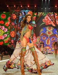 """bomshells: Gigi Hadid walking in the segment. - bomshells: """"Gigi Hadid walking in the segment 'The Road Ahead' at the 2016 Victoria's Secret Fashion Show """"Stay up to date with the latest news, photographs and videos of the 2016 Victoria's Secret. Victoria Secrets, Show Victoria Secret, Gigi Hadid Victoria Secret, Victorias Secret Models, Lily Donaldson, Jasmine Tookes, Joan Smalls, Lily Aldridge, Victoria Secret Angels"""