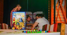 APROAPE DE PRIETENI:  Fascinația boardgame-urilor în era tehnologiei   ... Board Games, Baseball Cards, Blog, Fun, Travel, Viajes, Tabletop Games, Blogging, Destinations