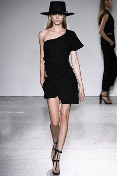 Shoulder Dress #2dayslook #anoukblokker #ramirez701 #lily25789 #ShoulderDress     www.2dayslook.com