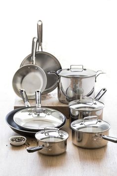 "@Emeril Lagasse  12-pc. stainless steel cookware set with bonus 12"" pan"