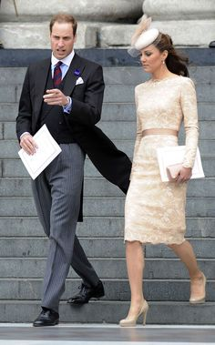 Kate Middleton wore this stunning custom #McQueen nude lace dress during the Queen's Diamond Jubilee festivities