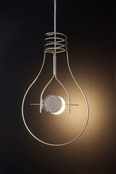 The Ingo Maurer Loop combines modern LED technology with the shape of a bulb. The LED Spot of the pendant lamp can be turned flexibly. Unique Lamps, Unique Lighting, Lighting Concepts, Lighting Design, Diy Lampe, Lamp Inspiration, Ingo Maurer, Led Spots, Bright Homes