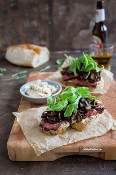 Steaksandwich mit Champignons & Portweinbutter