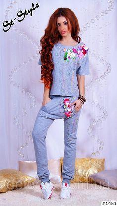 Купить Спортивный гламурный костюм весна 2014 с цветами и стразами оптом или и в розницу в Одессе, арт. 37232317