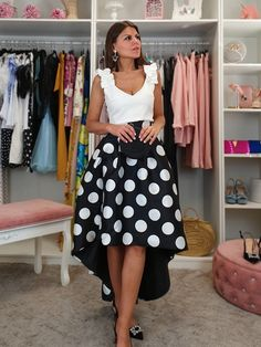 FALDA ASIMÉTRICA LOLI Hot Dress, Midi Skirt, Fashion Dresses, Vogue, Lady, Casual, Skirts, Fashion Design, Inspiration