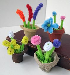 Flowers of Pipecleaners.                  Image Credit: Amanda Formaro, Crafts by Amanda