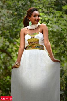 Want to buy women traditional dresses online? We have a huge collection of Ethiopian traditional dresses with stylish looks at affordable prices. African Dresses For Women, African Print Dresses, African Wear, African Women, African Clothes, African Fashion Designers, African Men Fashion, Ethnic Fashion, Ethiopian Traditional Dress