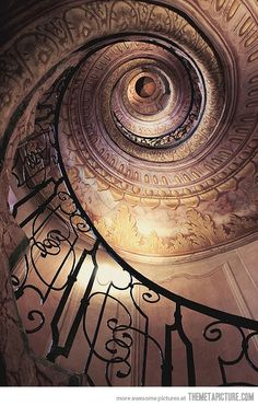 Awesome Spiral Stairs-I want to slide down this bannister! +