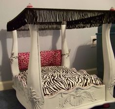 Wow flip an end table over and its a diy heck ya ill be doing this !! on to look for a used end table  Luxury,upcycled small dog, pet, or 18 inch doll bed. $200.00, via | http://romanticvalentinedays.blogspot.com