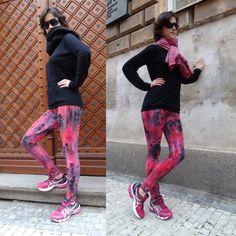 Carmen leggings - Merkurio by Petr Jáchym www. Fashion Shoes, Sporty, Textiles, Leggings, Unique, Pants, Trouser Pants, Women's Pants, Fabrics
